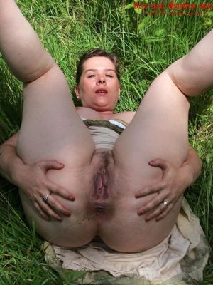 mature nudists images..
