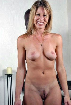 Matures-naked Sexy Mature