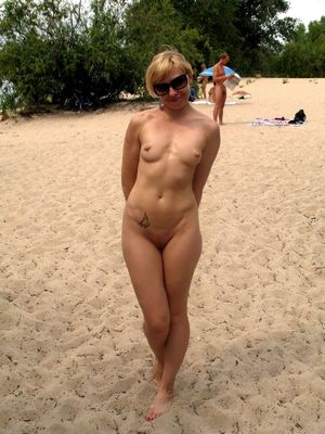 Red-hot mature naturist..